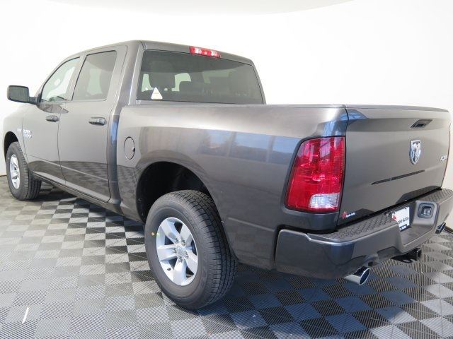 2018 Ram 1500 Crew Cab 4x4, Pickup #D1748 - photo 5