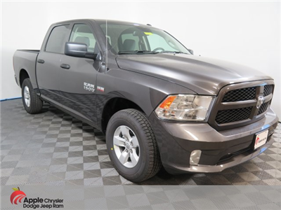 2018 Ram 1500 Crew Cab 4x4, Pickup #D1748 - photo 1