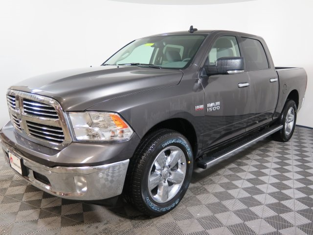 2018 Ram 1500 Crew Cab 4x4, Pickup #D1867 - photo 4