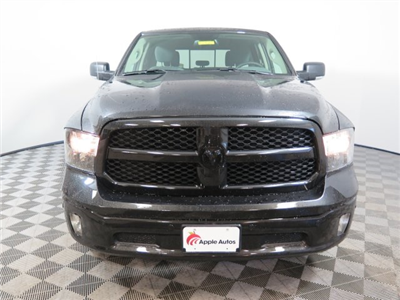 2018 Ram 1500 Crew Cab 4x4 Pickup #D1920 - photo 3