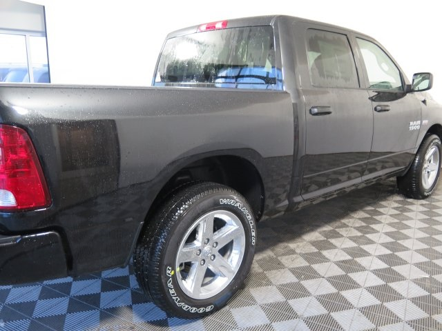 2018 Ram 1500 Crew Cab 4x4, Pickup #D1976 - photo 2