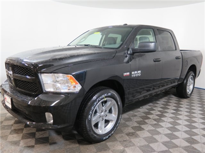 2018 Ram 1500 Crew Cab 4x4, Pickup #D1976 - photo 4