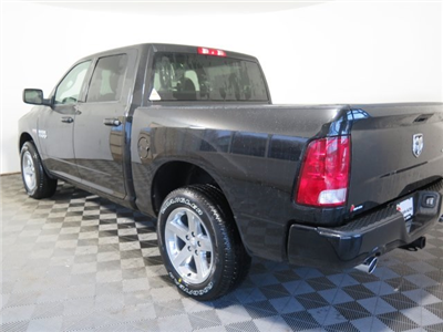 2018 Ram 1500 Crew Cab 4x4, Pickup #D1976 - photo 5