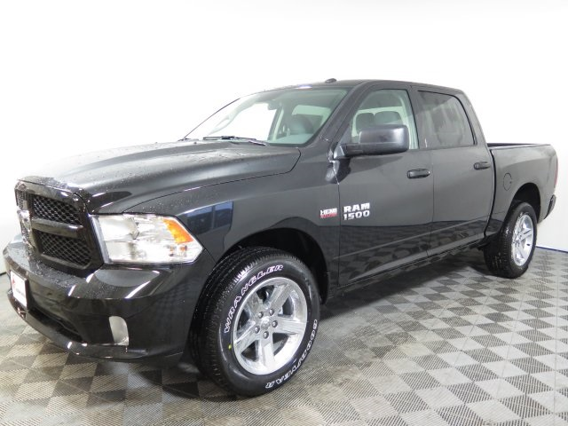 2018 Ram 1500 Crew Cab 4x4,  Pickup #D1977 - photo 4