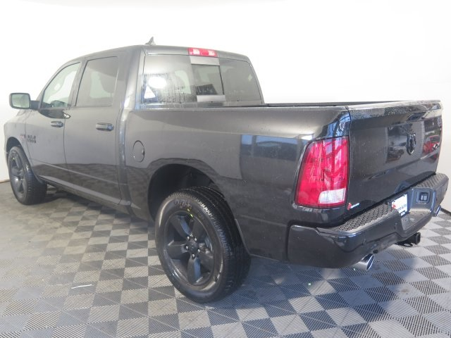 2018 Ram 1500 Crew Cab 4x4, Pickup #D2077 - photo 5