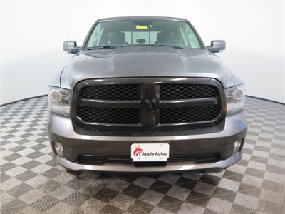 2018 Ram 1500 Crew Cab 4x4, Pickup #D2087 - photo 3