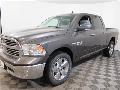 2018 Ram 1500 Crew Cab 4x4, Pickup #D2107 - photo 4