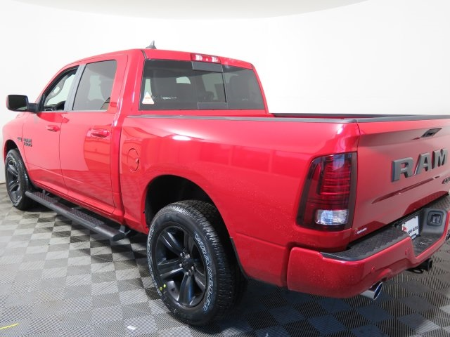 2018 Ram 1500 Crew Cab 4x4, Pickup #D2113 - photo 5