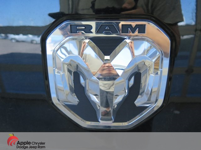 2019 Ram 1500 Crew Cab 4x4,  Pickup #D2310 - photo 9