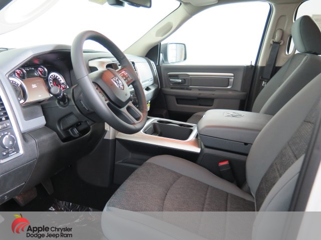 2019 Ram 1500 Crew Cab 4x4,  Pickup #D2925 - photo 14
