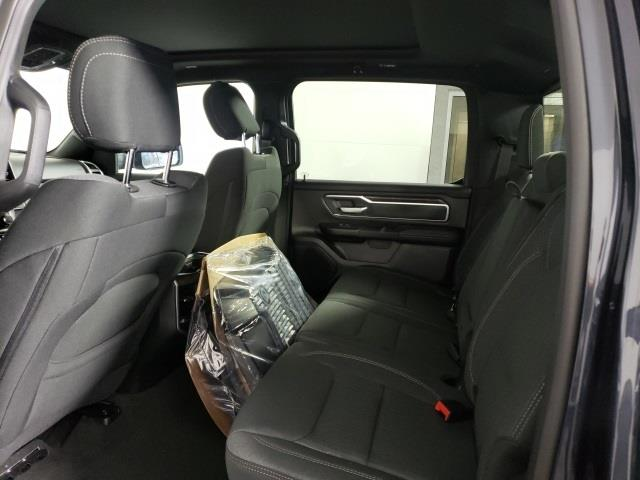 2020 Ram 1500 Crew Cab 4x4, Pickup #D5276 - photo 17