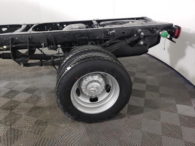 2021 Ram 5500 Regular Cab DRW 4x2, Cab Chassis #DF374 - photo 1
