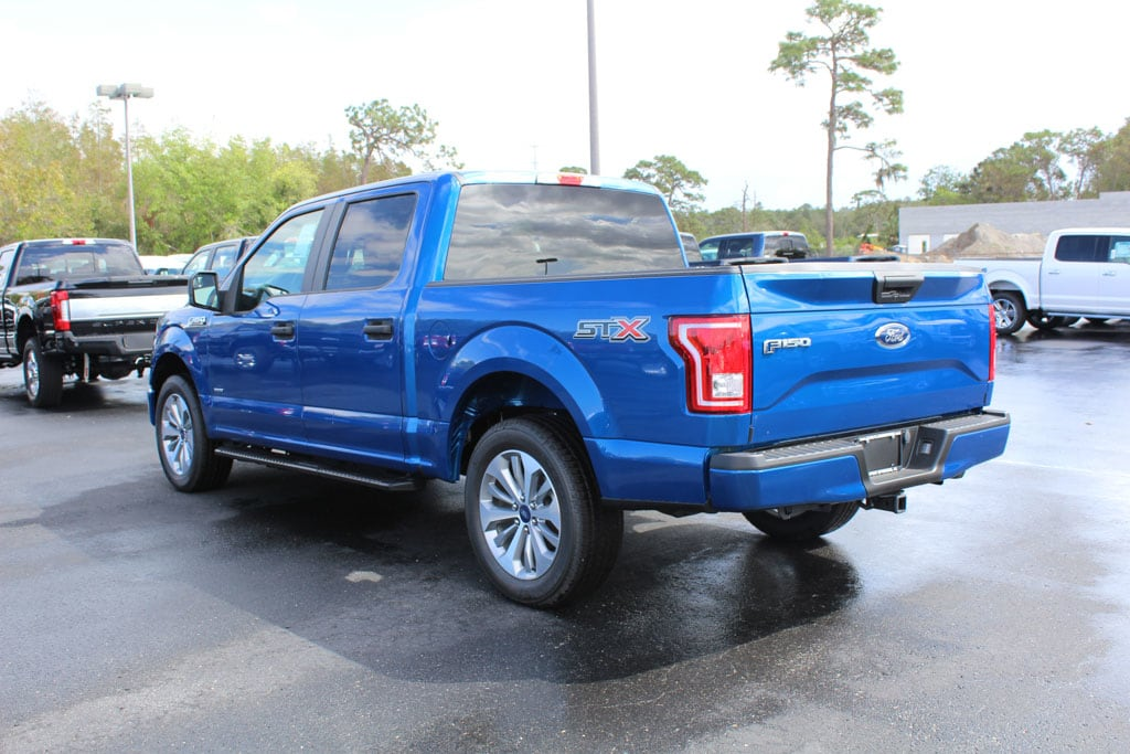 2017 F-150 Super Cab Pickup #7W1C5886 - photo 6