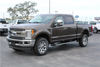 2017 F-250 Crew Cab 4x4, Pickup #7W2B1608 - photo 4