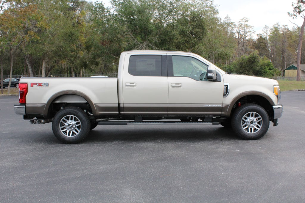 2017 F-250 Crew Cab 4x4 Pickup #7W2B1610 - photo 8