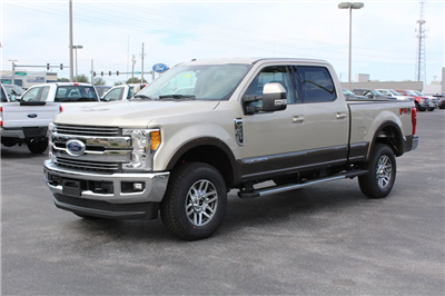 2017 F-250 Crew Cab 4x4 Pickup #7W2B1610 - photo 4