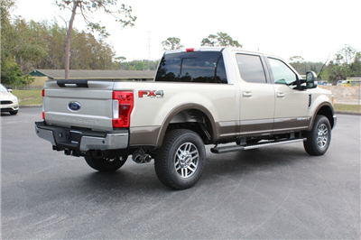 2017 F-250 Crew Cab 4x4 Pickup #7W2B1610 - photo 2