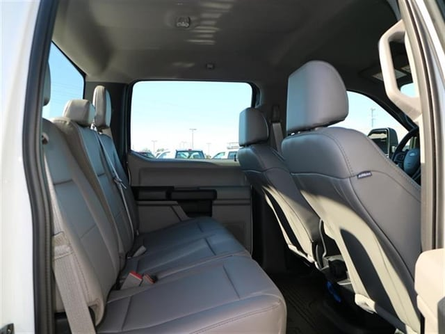 2017 F-250 Crew Cab 4x4, Pickup #7W2B6938 - photo 11