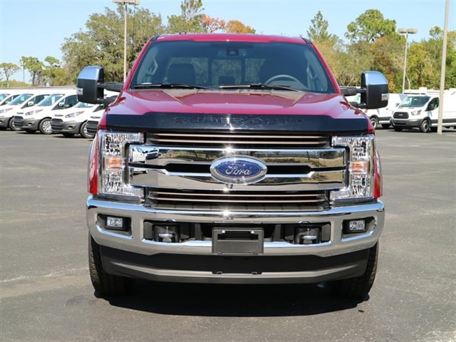 2017 F-250 Crew Cab 4x4 Pickup #7W2B7900 - photo 3