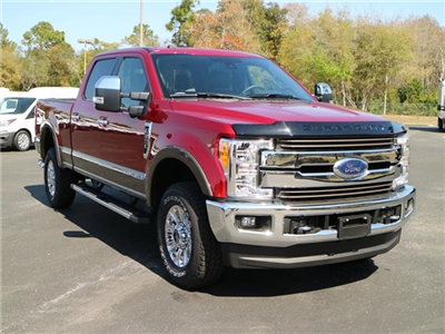 2017 F-250 Crew Cab 4x4 Pickup #7W2B7900 - photo 1