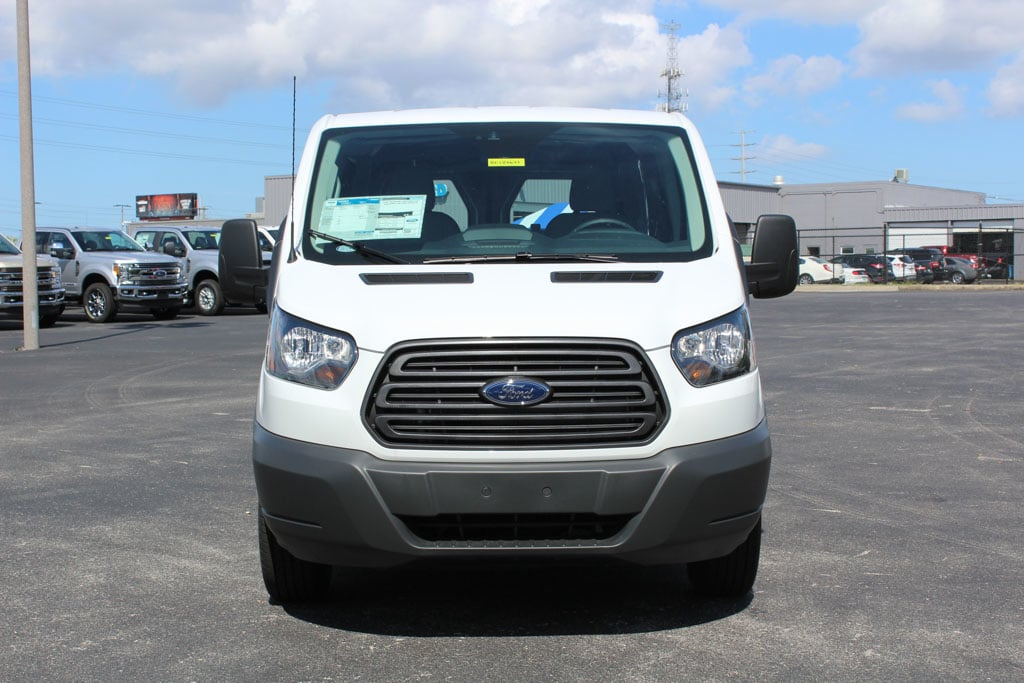 2018 Transit 150 Cargo Van #8E1Y0621 - photo 3