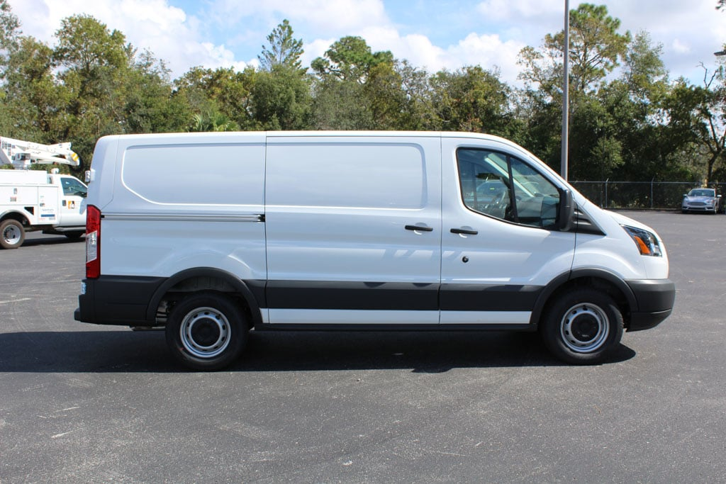 2018 Transit 150 Cargo Van #8E1Y0621 - photo 9