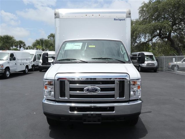 2018 E-350 4x2,  Rockport Cutaway Van #8E3F1699 - photo 3