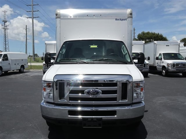 2018 E-350 4x2,  Cutaway Van #8E3F8481 - photo 3