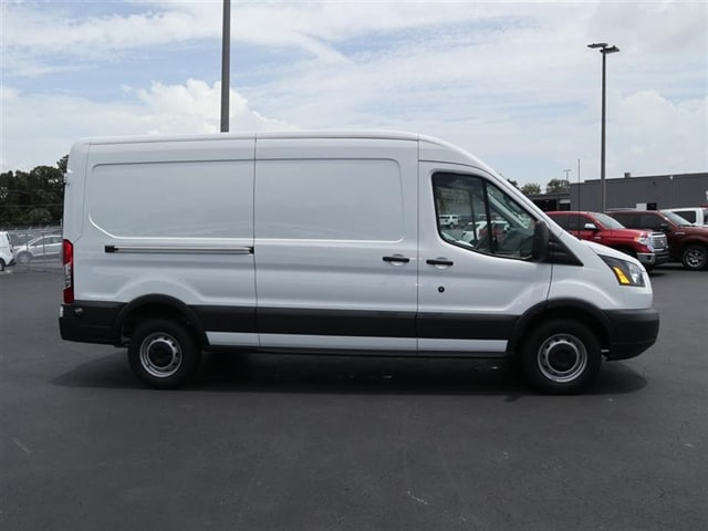 2018 Transit 250 Med Roof,  Empty Cargo Van #8R2C4801 - photo 4