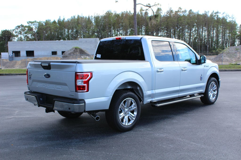 2018 F-150 SuperCrew Cab 4x2,  Pickup #8W1C7484 - photo 2