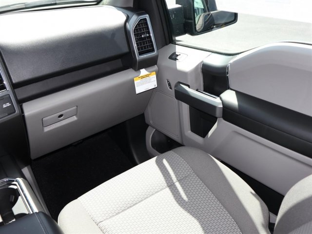 2018 F-150 SuperCrew Cab 4x2,  Pickup #8W1C7924 - photo 10