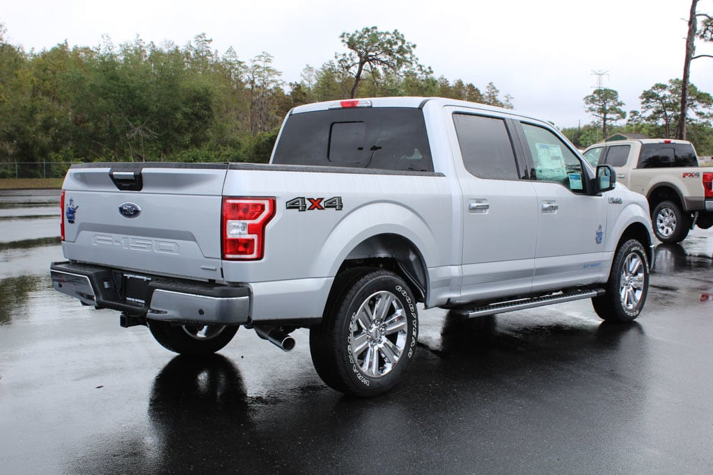 2018 F-150 Crew Cab 4x4 Pickup #8W1E7487 - photo 2