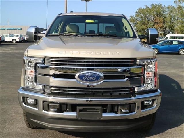 2018 F-250 Crew Cab 4x4,  Pickup #8W2B5121 - photo 3