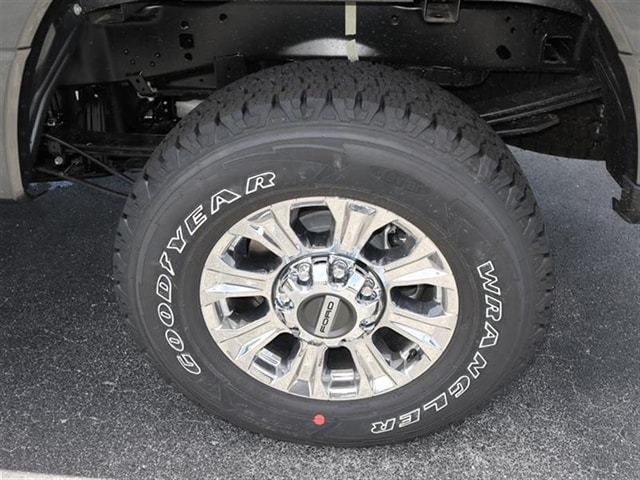 2018 F-250 Crew Cab 4x4,  Pickup #8W2B7354 - photo 6