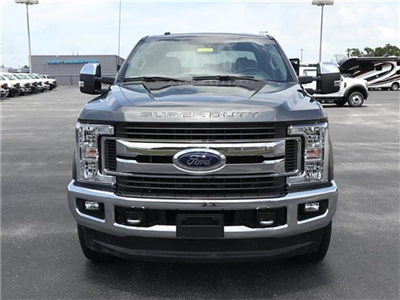2018 F-250 Crew Cab 4x4,  Pickup #8W2B7354 - photo 3