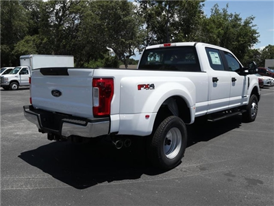 2018 F-350 Crew Cab DRW 4x4,  Pickup #8W3D5233 - photo 2