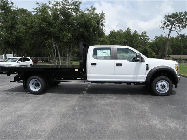 2018 F-550 Crew Cab DRW 4x4,  Platform Body #8W5H8865 - photo 4