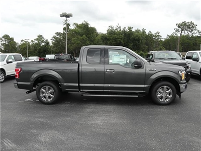 2018 F-150 Super Cab 4x2,  Pickup #8X1C5971 - photo 4