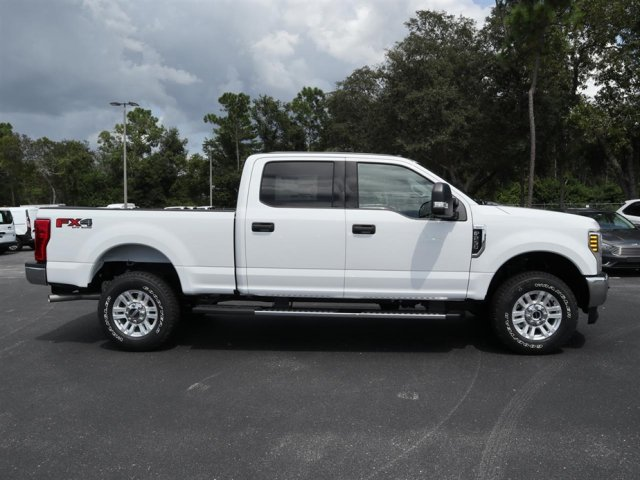 2019 F-250 Crew Cab 4x4,  Pickup #9W2B0339 - photo 4
