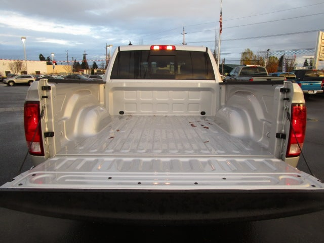 2018 Ram 1500 Crew Cab 4x4,  Pickup #087090 - photo 7