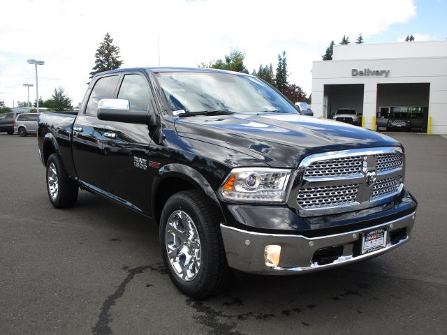 2018 Ram 1500 Crew Cab 4x4,  Pickup #087286 - photo 2