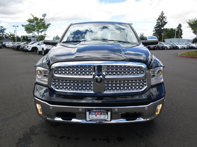 2018 Ram 1500 Crew Cab 4x4,  Pickup #087286 - photo 3