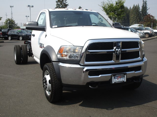 2018 Ram 5500 Regular Cab DRW 4x4,  Cab Chassis #087429 - photo 11