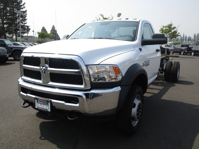 2018 Ram 5500 Regular Cab DRW 4x4,  Cab Chassis #087429 - photo 13