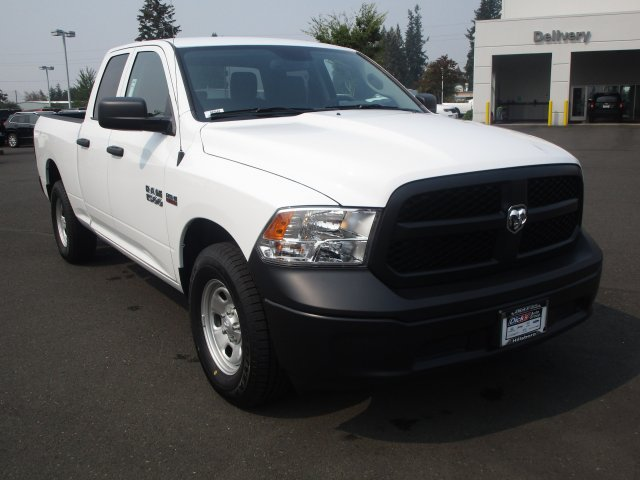 2018 Ram 1500 Quad Cab 4x2,  Pickup #087440 - photo 2