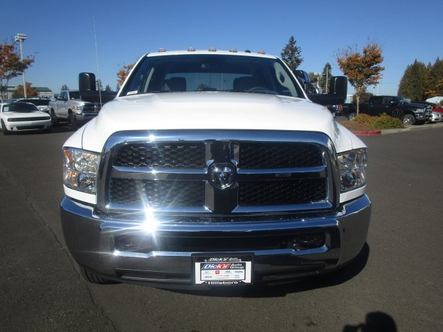 2018 Ram 3500 Crew Cab DRW 4x4,  Pickup #087480 - photo 3