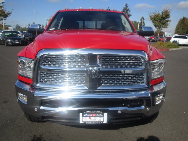 2018 Ram 3500 Crew Cab 4x4,  Pickup #087506 - photo 3
