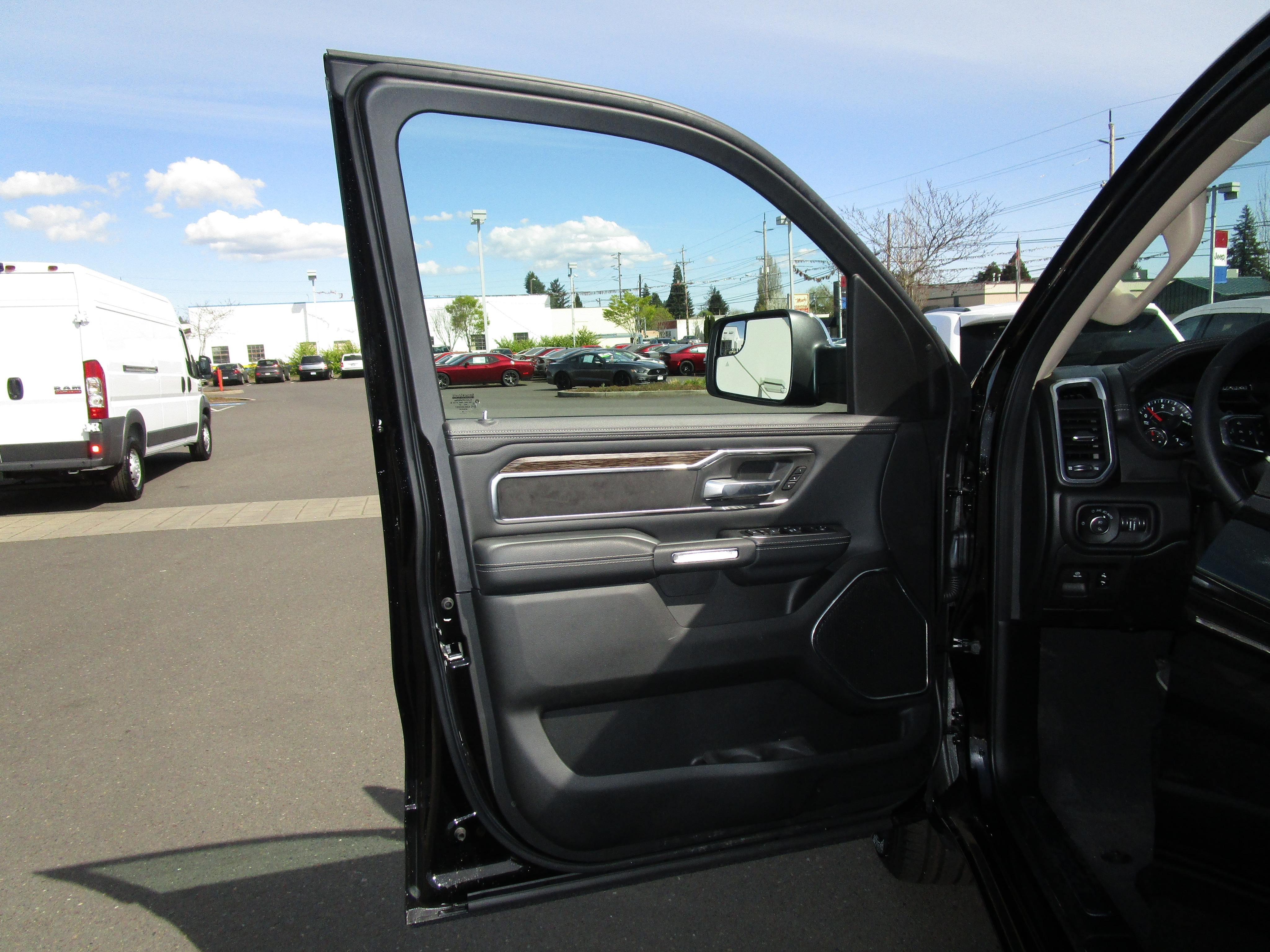 2019 Ram 1500 Crew Cab 4x4,  Pickup #097002 - photo 17