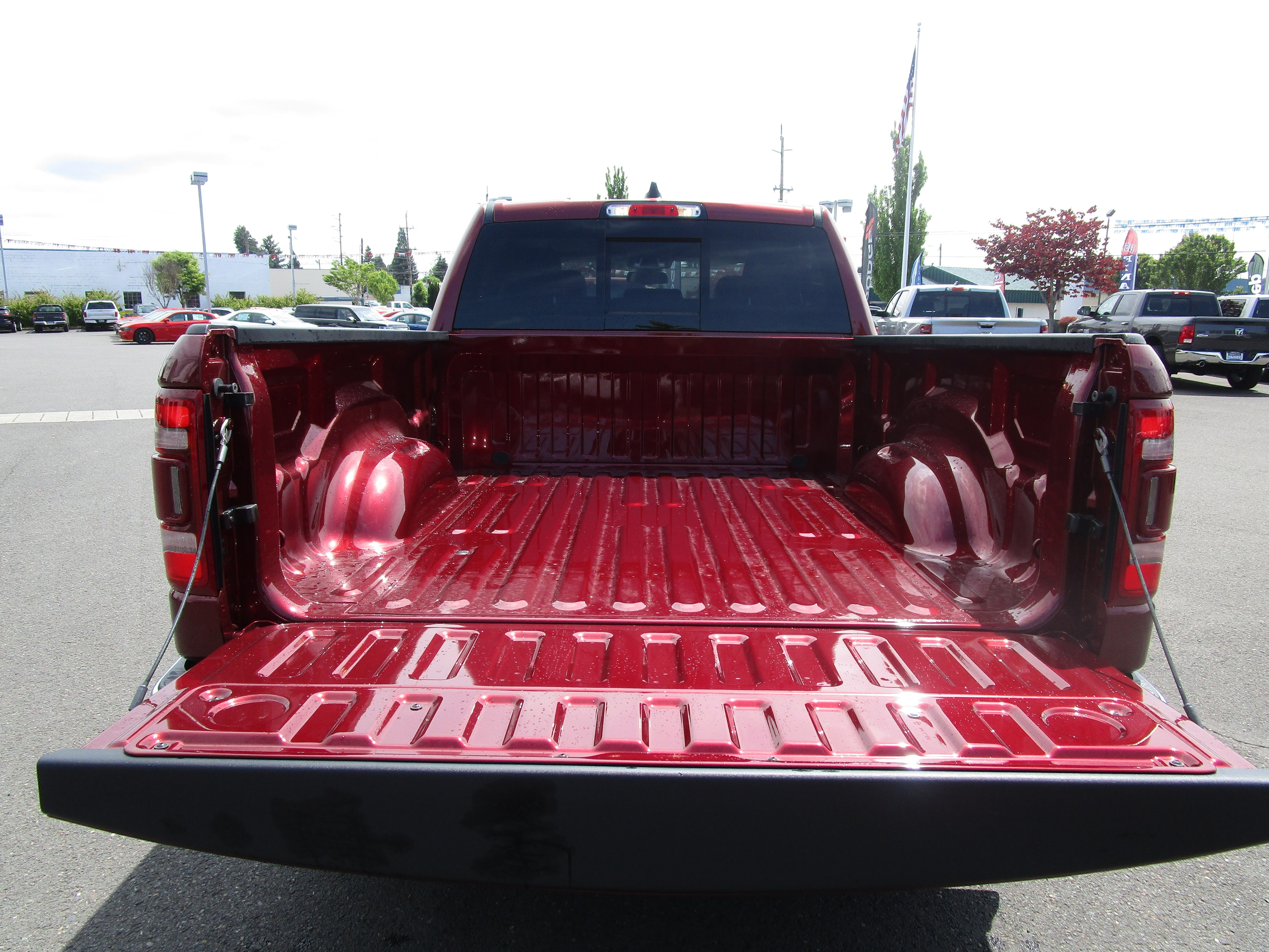 2019 Ram 1500 Crew Cab 4x4,  Pickup #097011 - photo 7