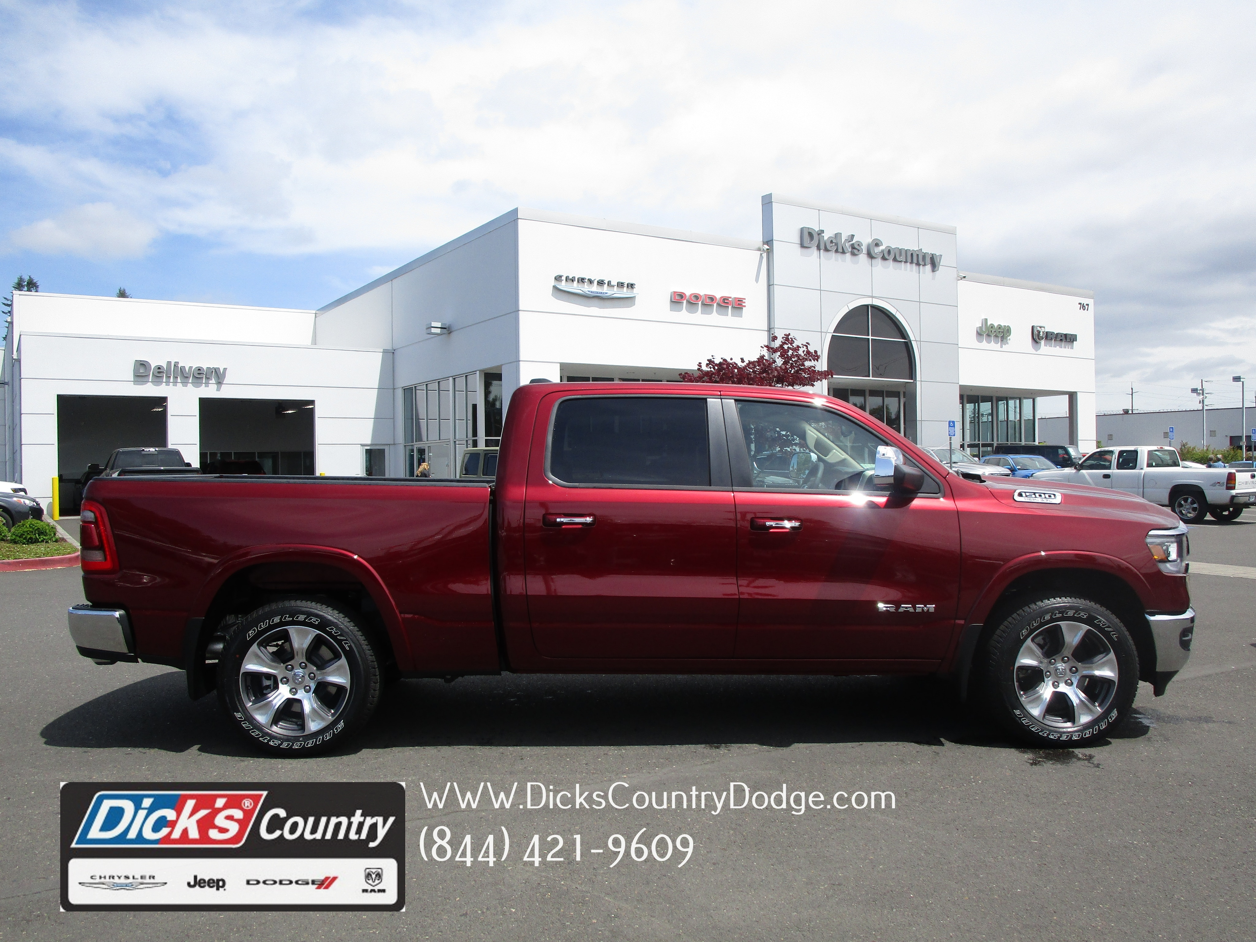 2019 Ram 1500 Crew Cab 4x4,  Pickup #097011 - photo 1